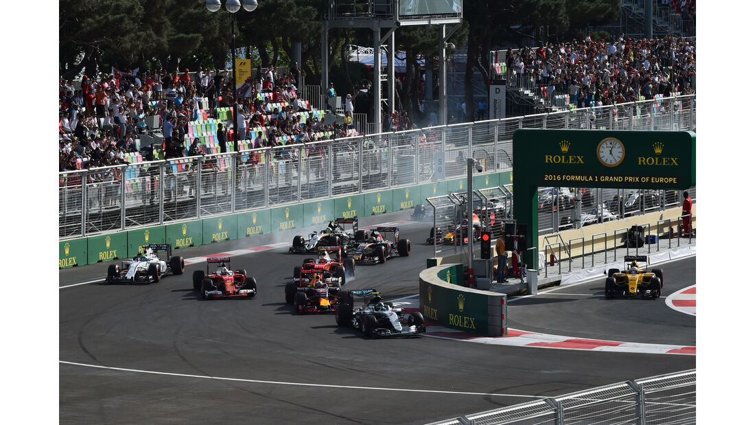 Start - GP Aserbaidschan - Formel 1 - 2016
