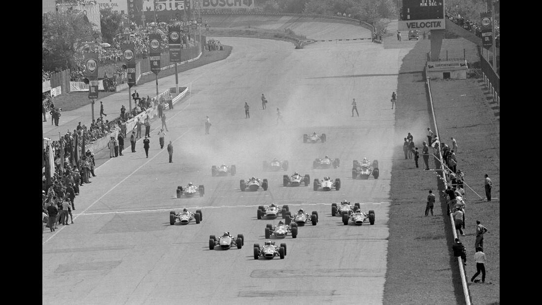 Start - GP Italien 1967 - Monza - Jack Brabham - Bruce McLaren