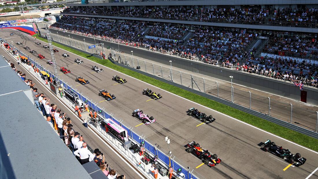 [Imagen: Start-GP-Russland-Sotschi-Formel-1-2020-...727321.jpg]