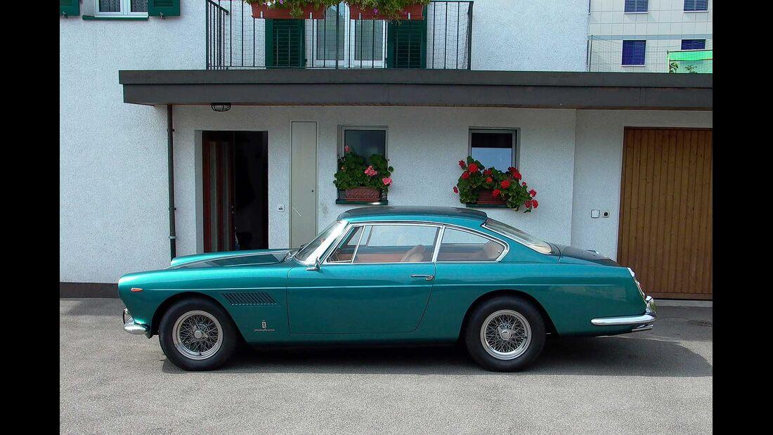 Startnummer 103: Daniel Lörincz und Rudolf Locher im Ferrari 250 GTE 2+2, 3 Liter, V12, 240 PS, Baujahr 1962.