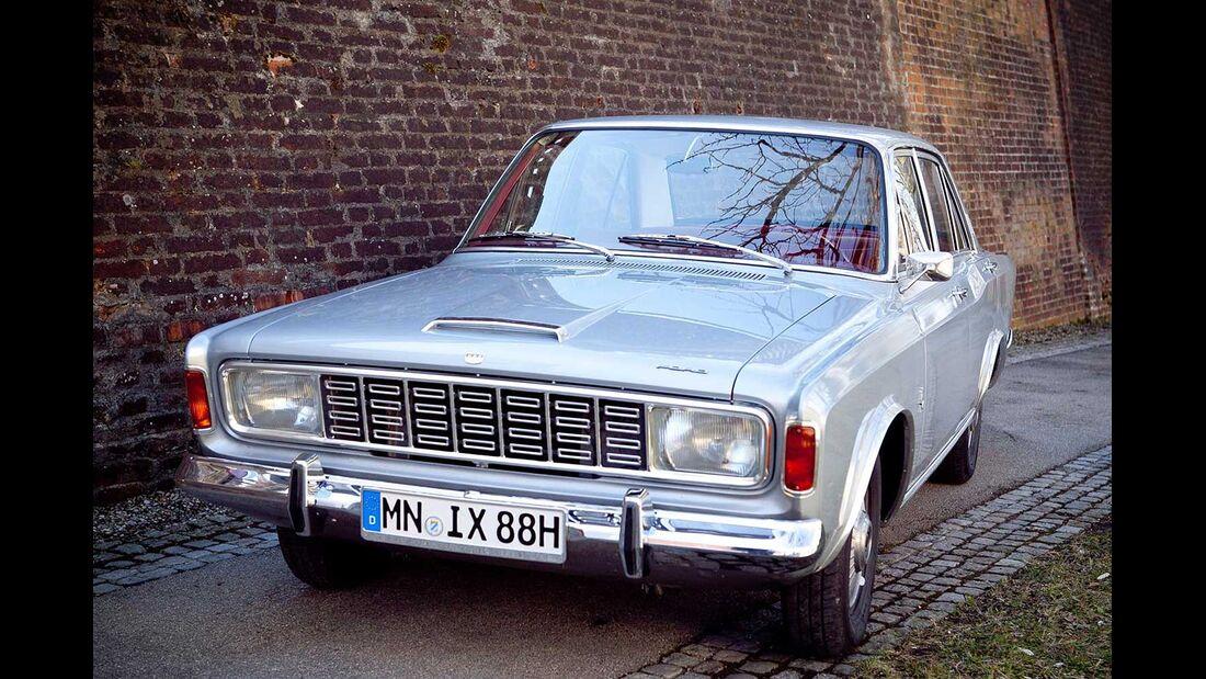 Startnummer 114: Hermann Jäckle und Anton Reichenbach im Ford 20 M, 2 Liter, V6, 90 PS, Baujahr 1967.
