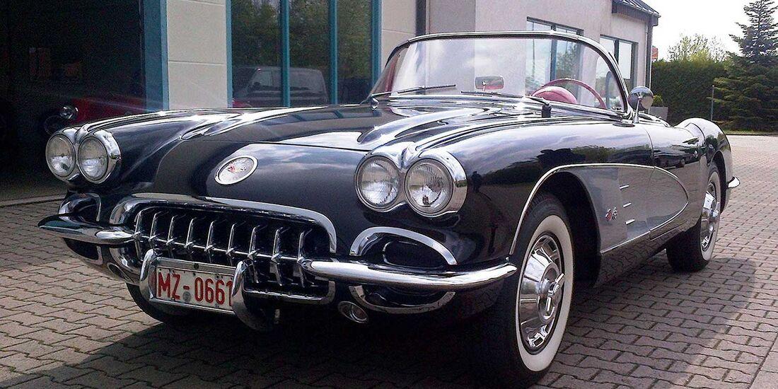 Startnummer 123: Andreas Schick und Jens Faber im Chevrolet Corvette C1, 4,6 Liter, V8, 270 PS, Baujahr 1960.