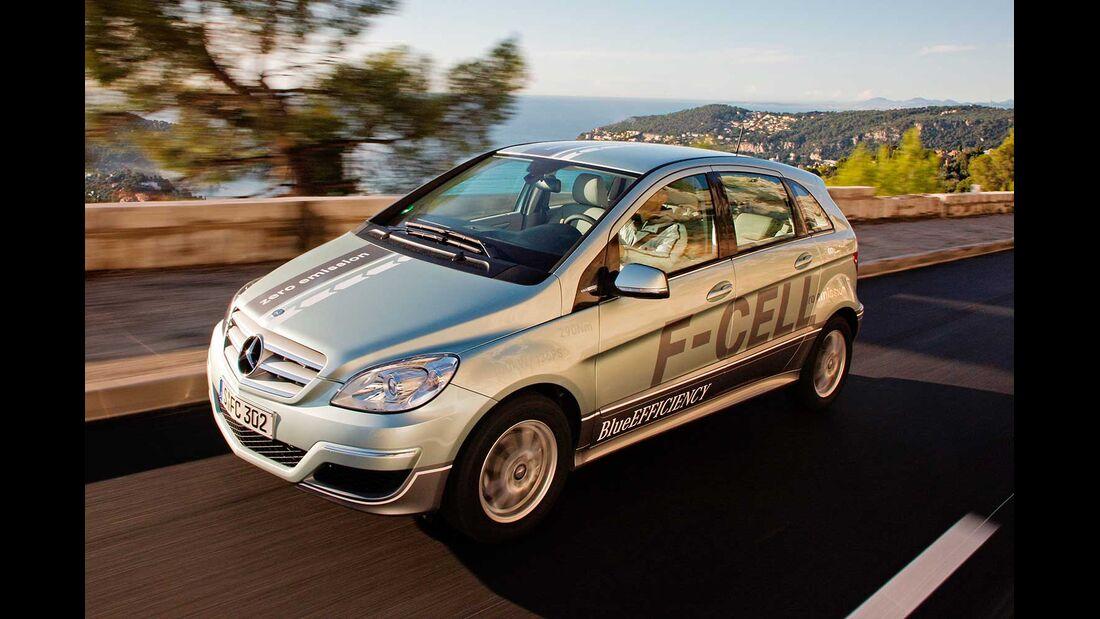 Startnummer 203: Team Daimler im Mercedes-Benz B-Klasse F-CELL, 100 kw, 380 km Reichweite.