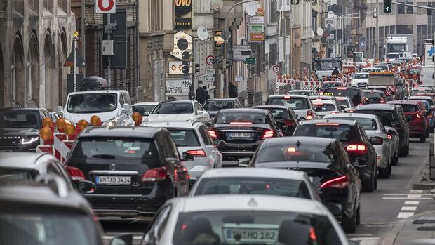 Stau, Luftverschmutzung, Städte