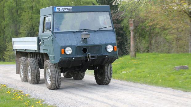 Steyr Daimler Puch Pinzgauer 6x6