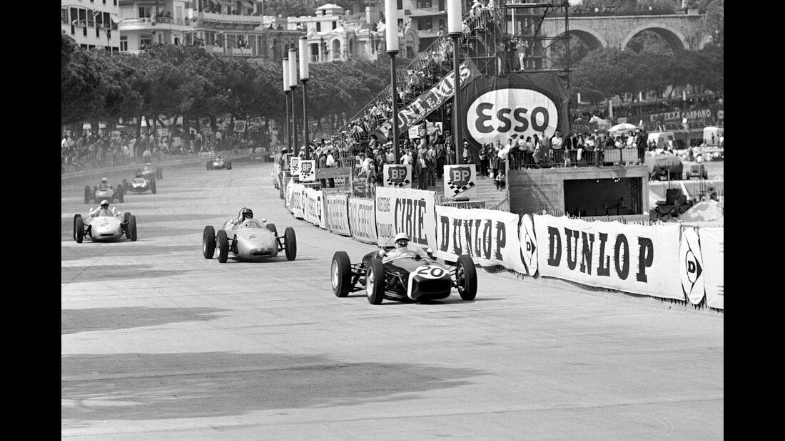 Stirling Moss - Lotus 18 - Dan Gurney - Porsche 718 - GP Monaco 1961