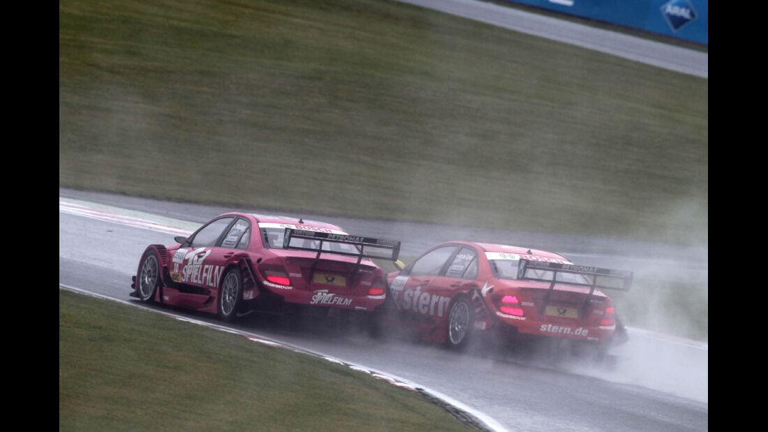 Stoddart vs. Van der Zande DTM Brands Hatch 2011