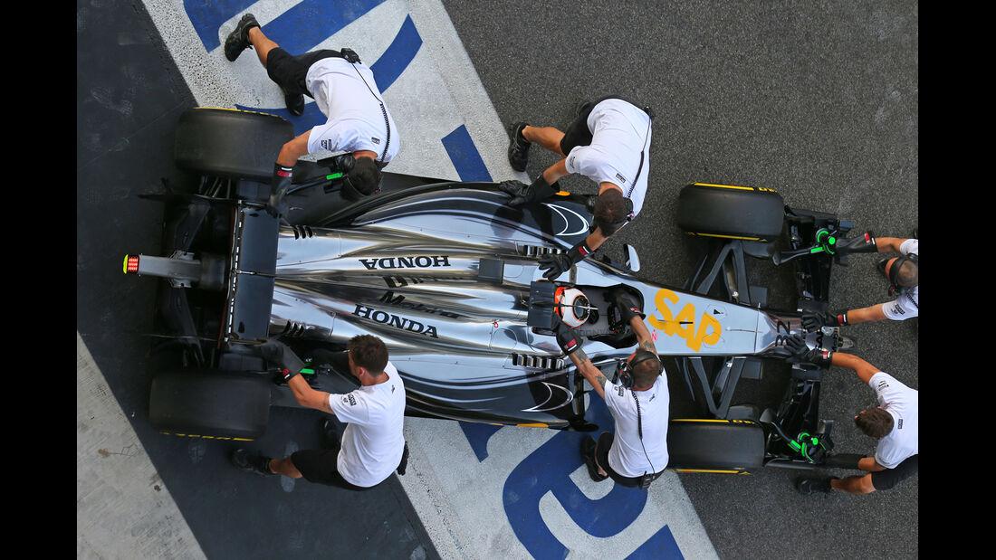 Stoffel Vandoorne - McLaren - Formel 1 - Test - Abu Dhabi - 26. November 2014