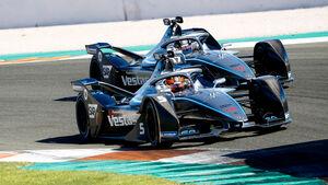 Stoffel Vandoorne - Nyck de Vries - Mercedes - Formel E