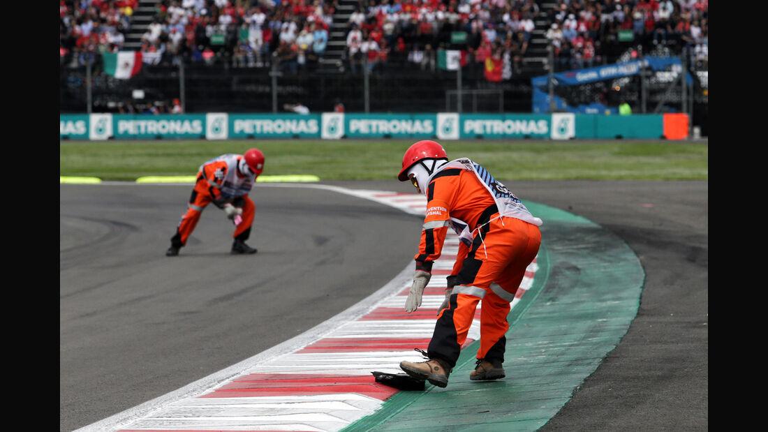 Streckenposten - Formel 1 - GP Mexiko 2018