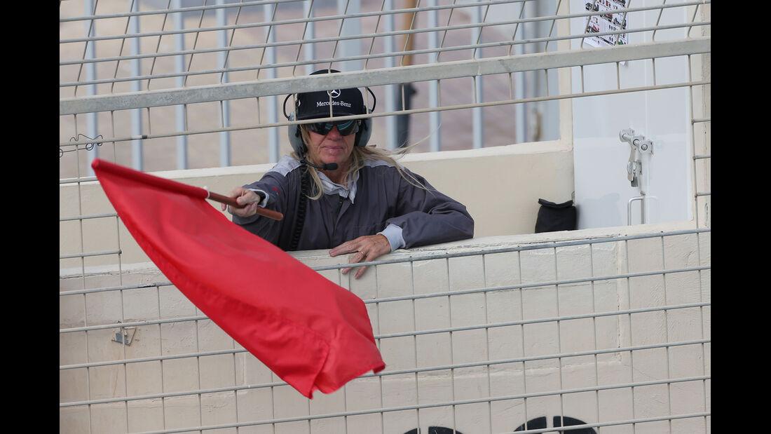 Streckenposten - Formel 1 Test - Abu Dhabi - 25. November 2014