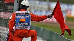 Streckenposten - Rote Flagge - Formel 1 - GP Spanien - Barcelona - 11. Mai 2019
