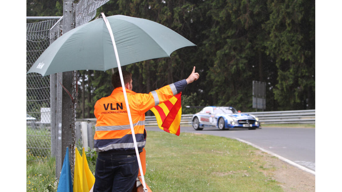 Streckenposten VLN Langstreckenmeisterschaft Nürburgring