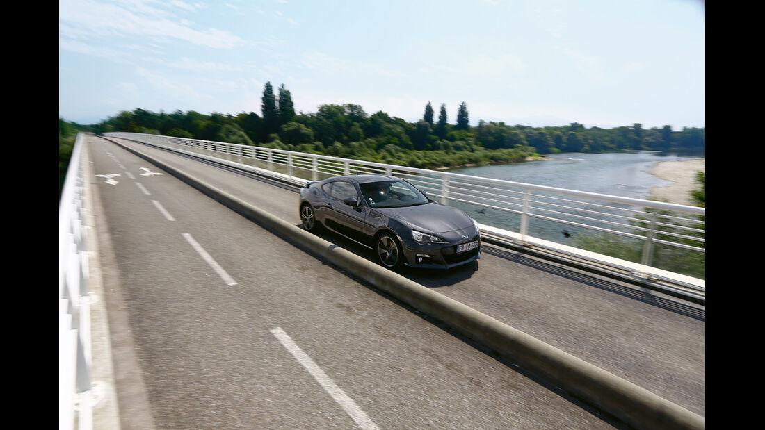 Subaru BRZ, Frontansicht, Brücke