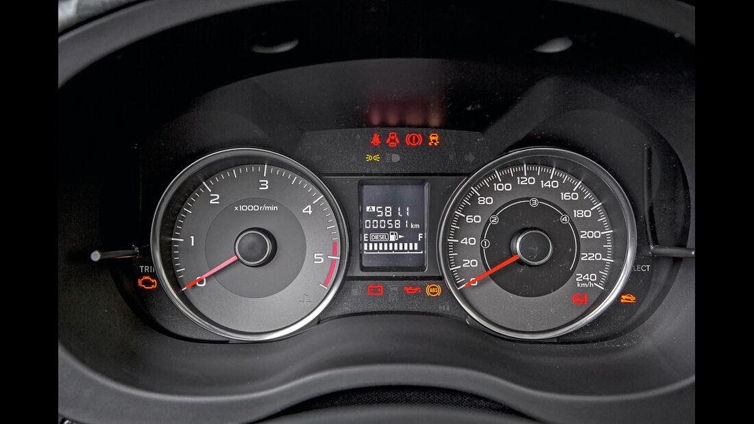 Subaru Forester 2.0 D, Rundinstrumente