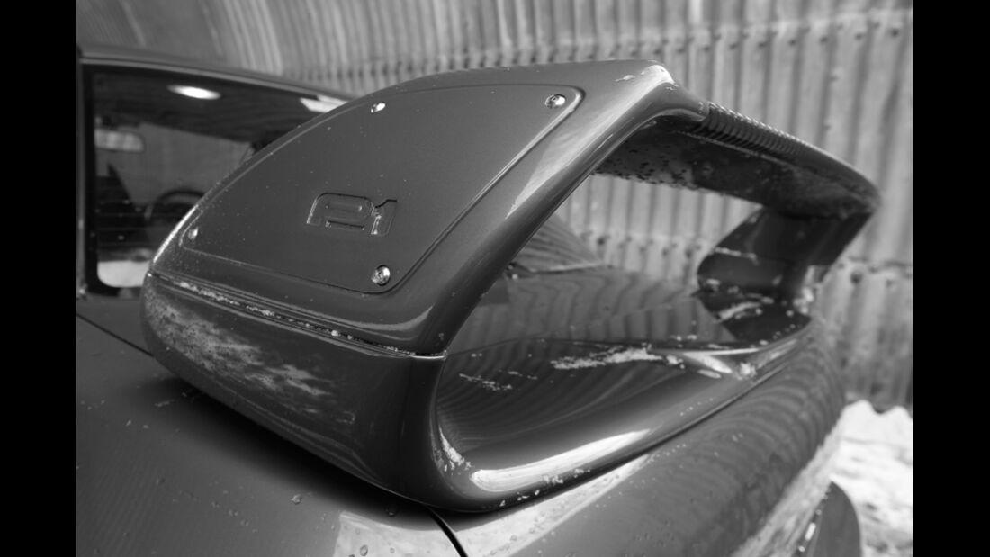 Subaru Impreza P1, Schriftzug, Spoiler
