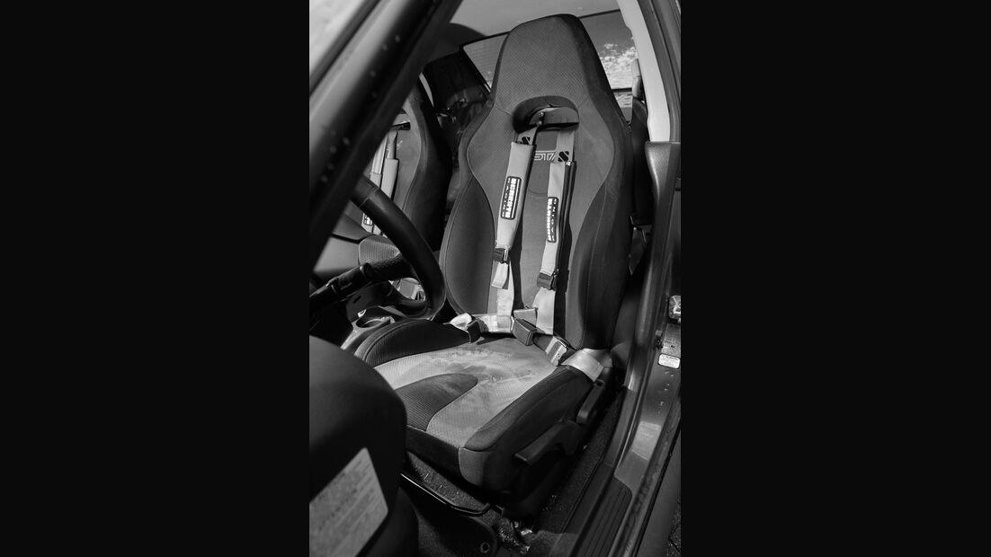 Subaru Impreza WRX STi, Sparco-Hosenträgergurte, Fahrersitz