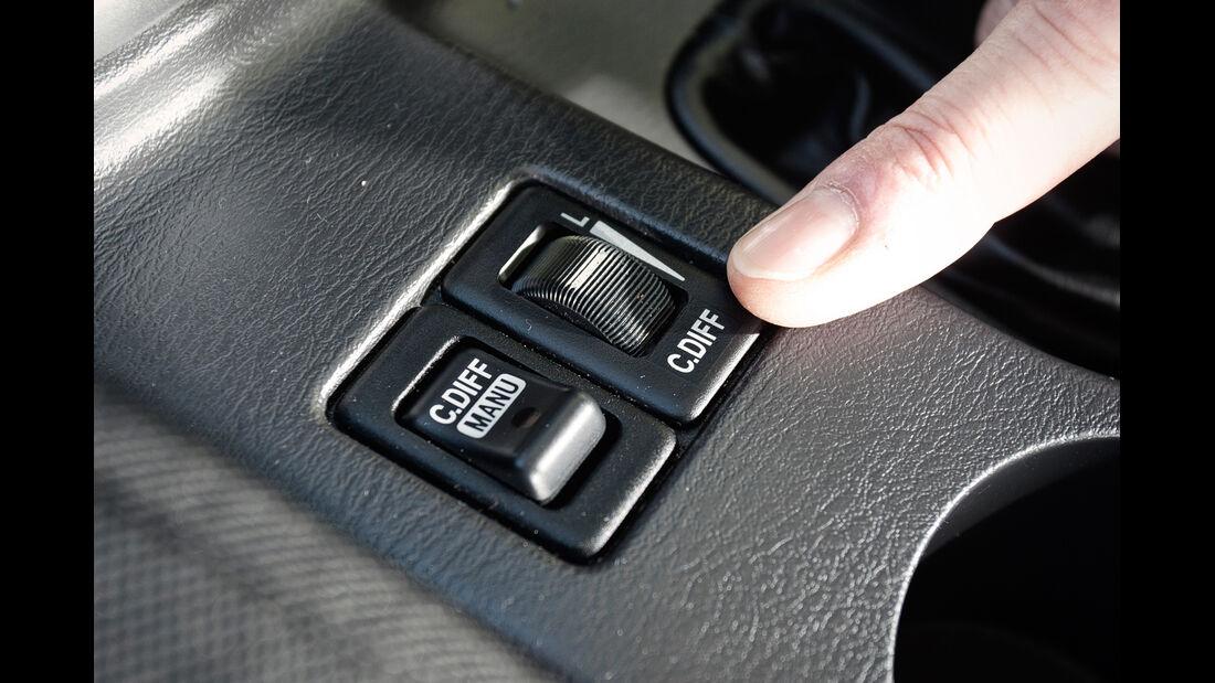 Subaru Impreza WRX Sti, Bedienelemente