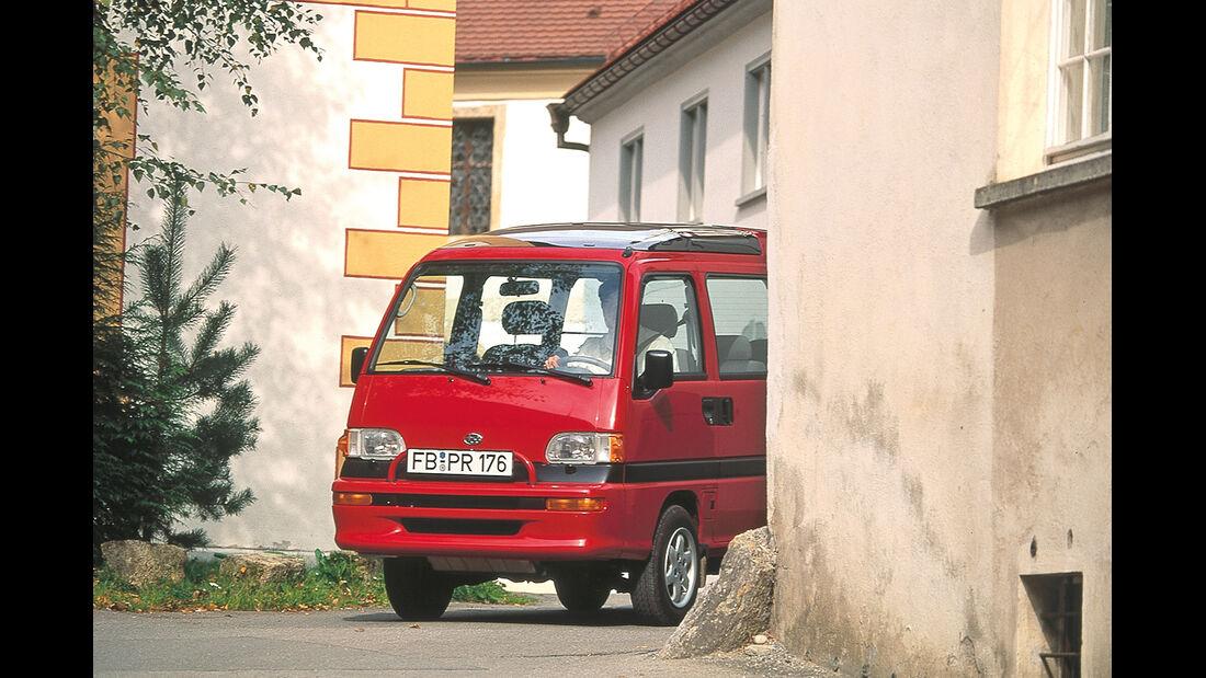 Subaru Libero (FA8), Frontansicht