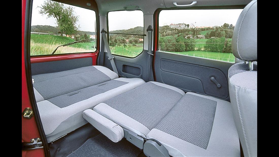 Subaru Libero (FA8), Innenraum