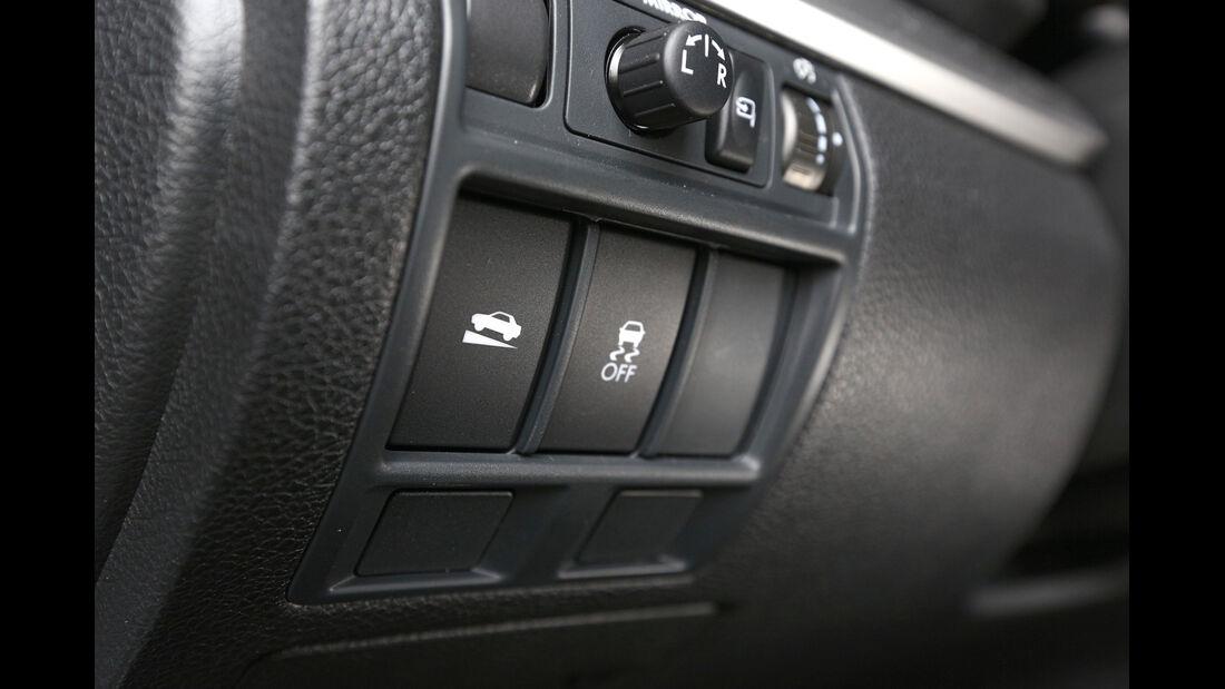 Subaru Outback 2.0D, Bedienelemente