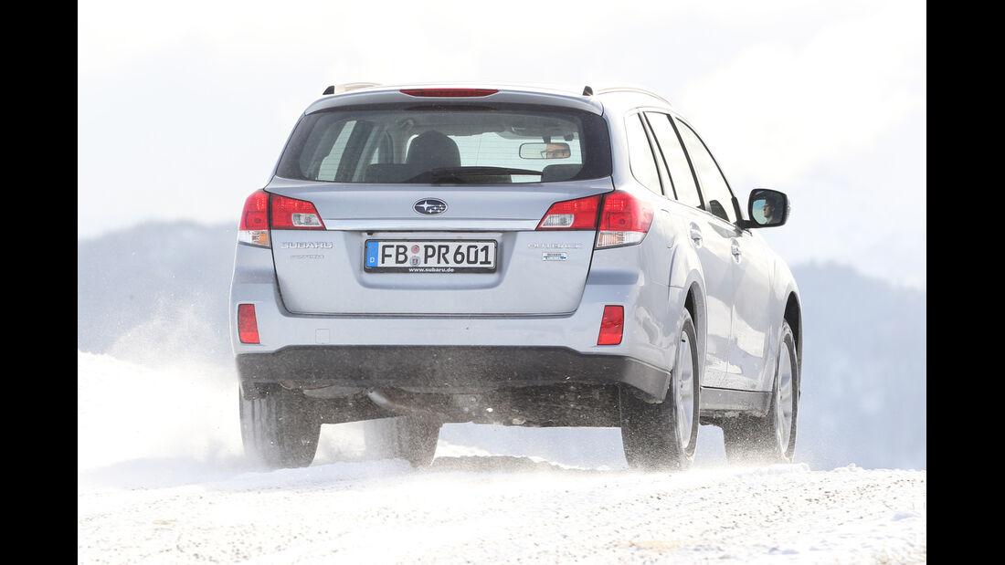Subaru Outback 2.0D, Heckansicht