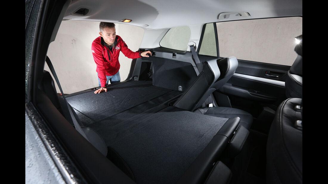 Subaru Outback 2.0D, Kofferraum, Sitz umklappen