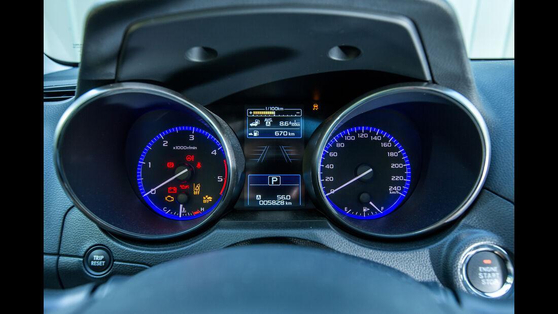Subaru Outback 2.0D, Rundinstrumente