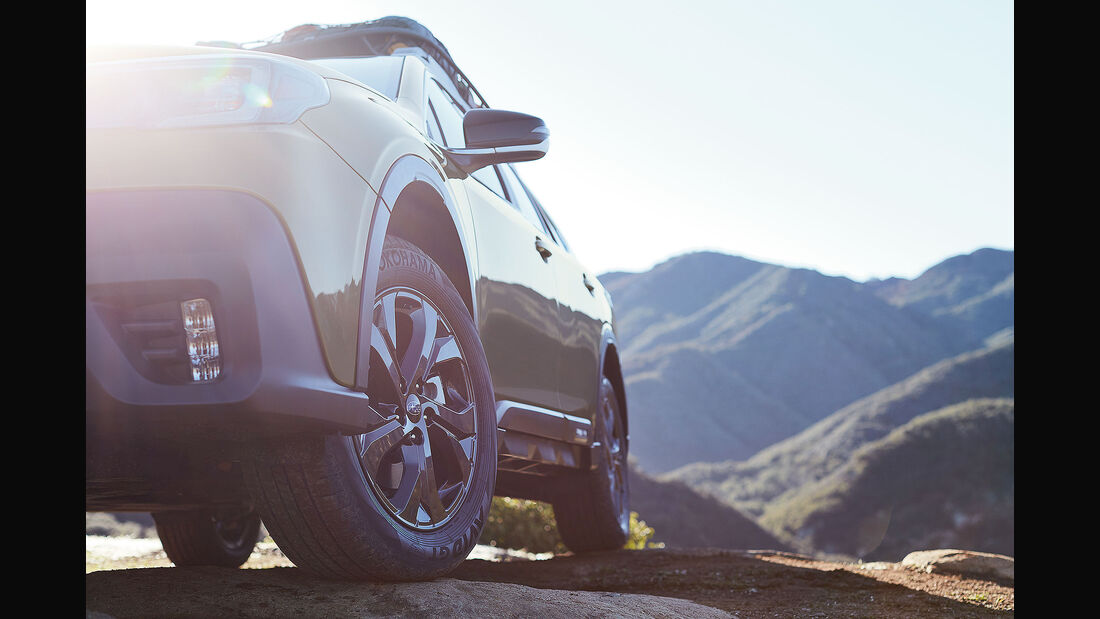 Subaru Outback Teaser 2020 New York