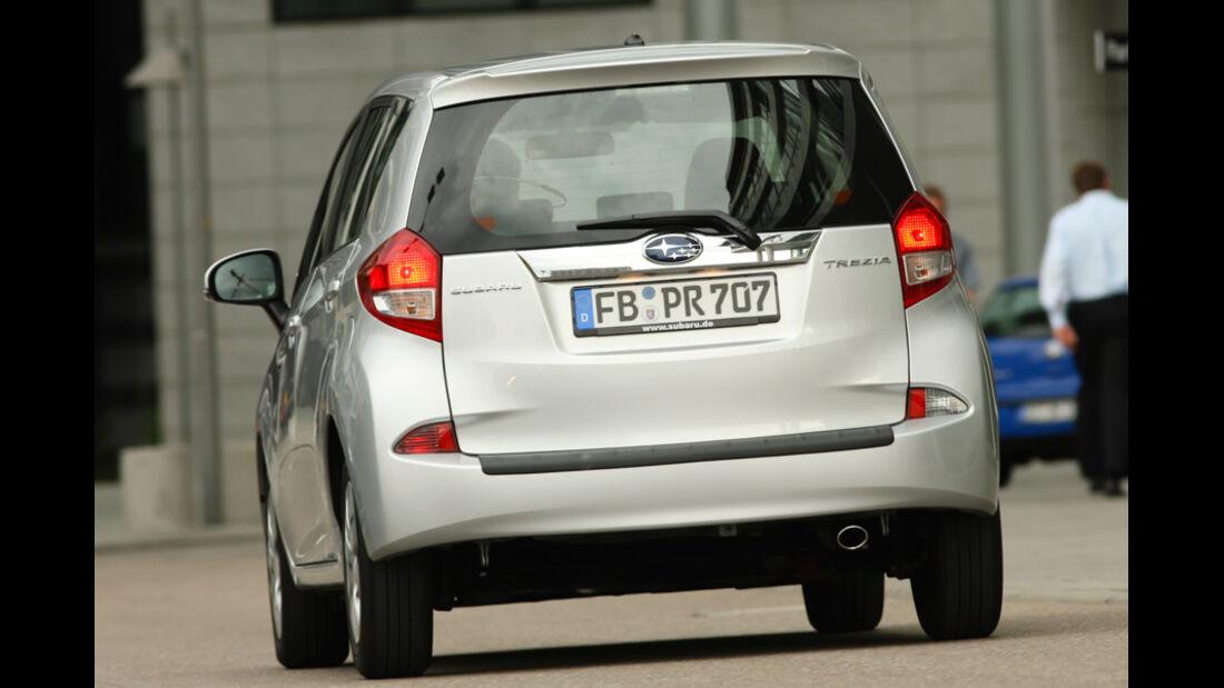 Subaru Trezia 1.3i Active, Heck, Slalom