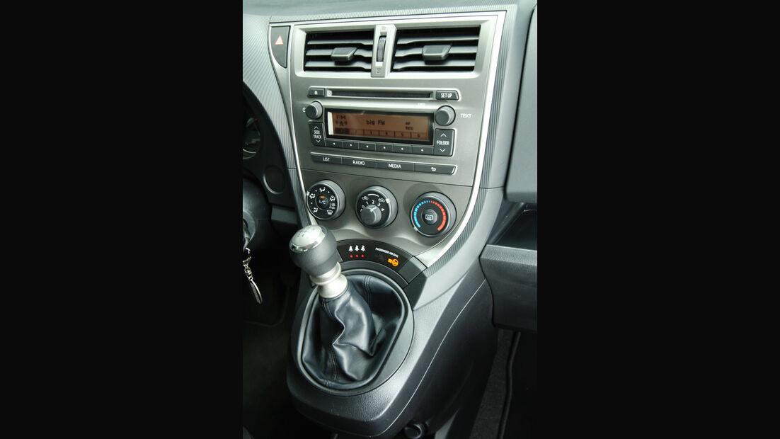 Subaru Trezia 1.3i Active, Mittelkonsole
