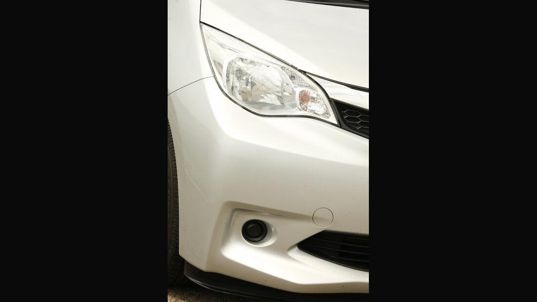 Subaru Trezia 1.3i Active, Scheinwerfer