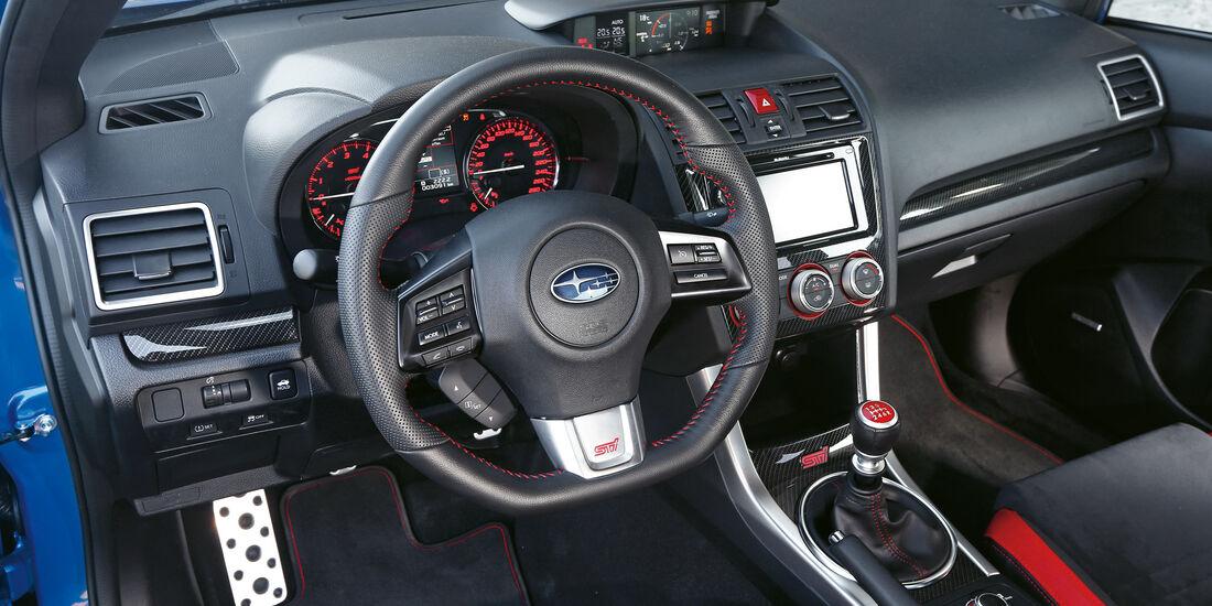 Subaru WRX STi, Cockpit
