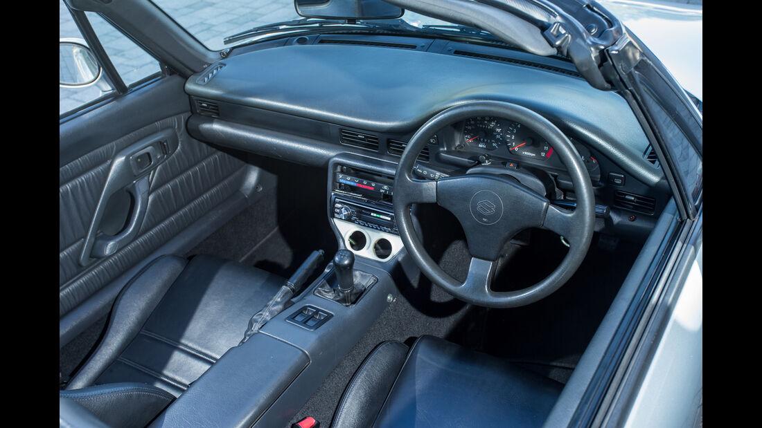 Suzuki Cappuccino, Cockpit