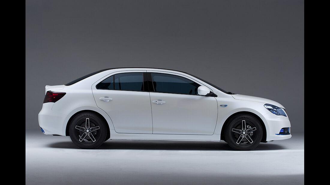 Suzuki Kizashi EcoCharge Concept Hybrid,