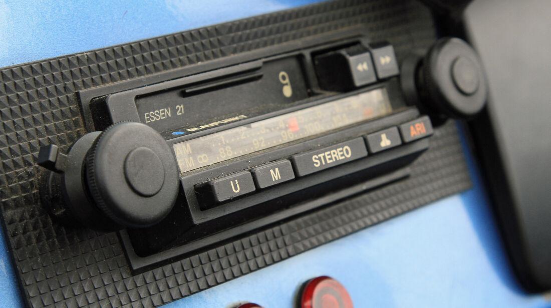 Suzuki LJ80, Radio