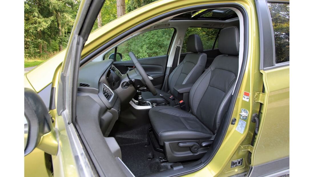 Suzuki SX4-Cross 1.6 DDiS 4x4 Comfort Plus, Innenraum