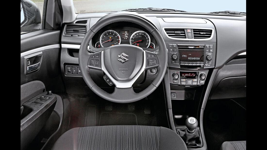 Suzuki Swift, 2013, Cockpit