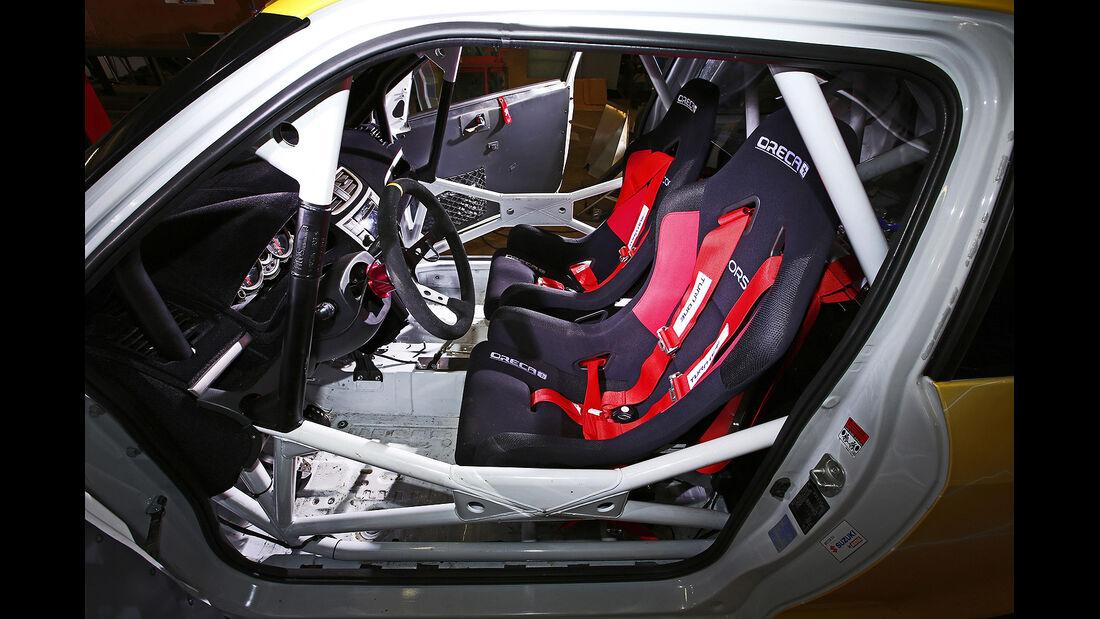 Suzuki Swift Sport Hayabusa, Kleinwagen, Umbau, Motorrad, Innenraum