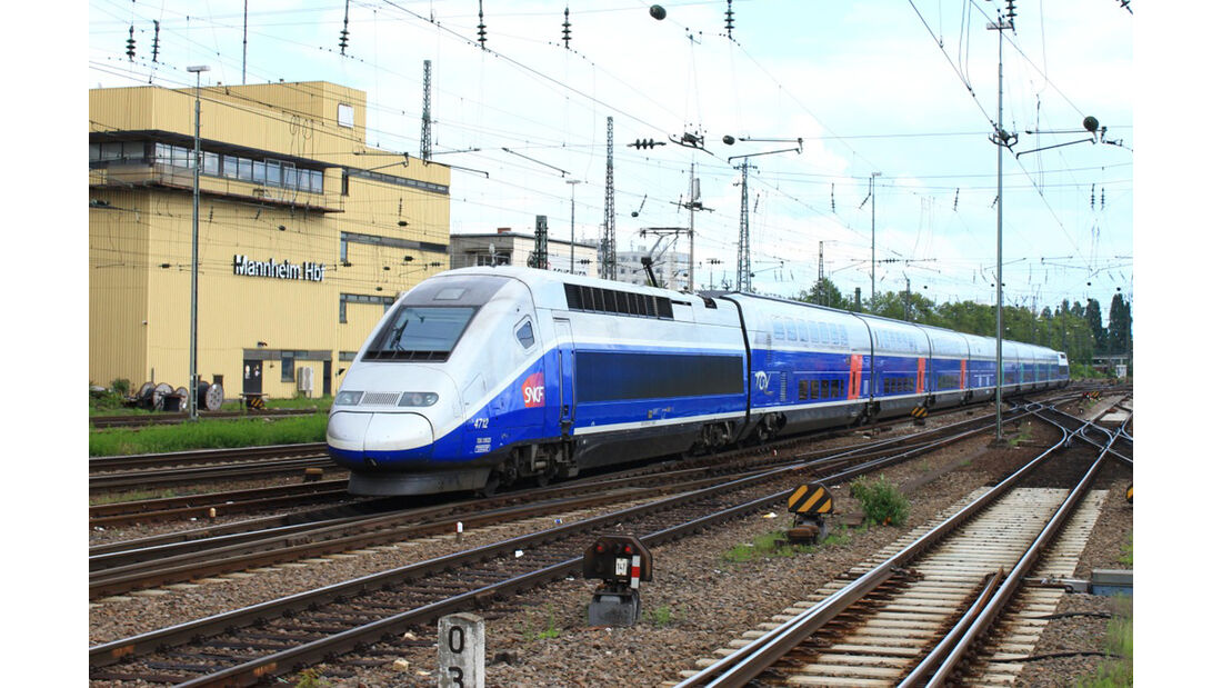 TGV auf Zugstrecke