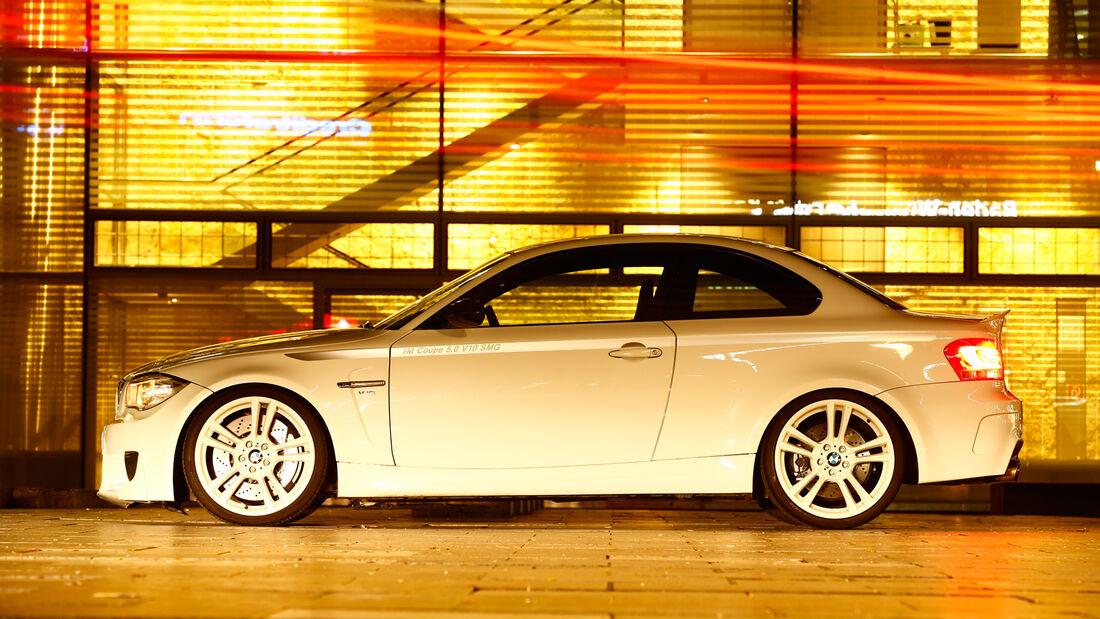 TJ-BMW 1er Coupé V10 SMG, Seitenansicht