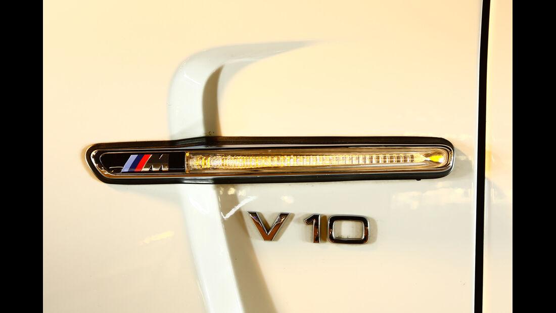 TJ-BMW 1er Coupé V10 SMG, Seitenlicht