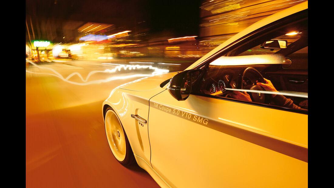 TJ-BMW 1er Coupé V10 SMG, Seitenlinie