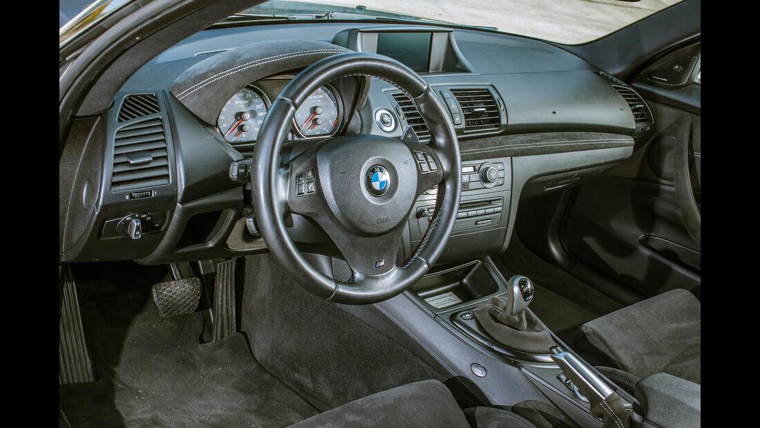 TJ-BMW Einser M Coupé V10, Cockpit