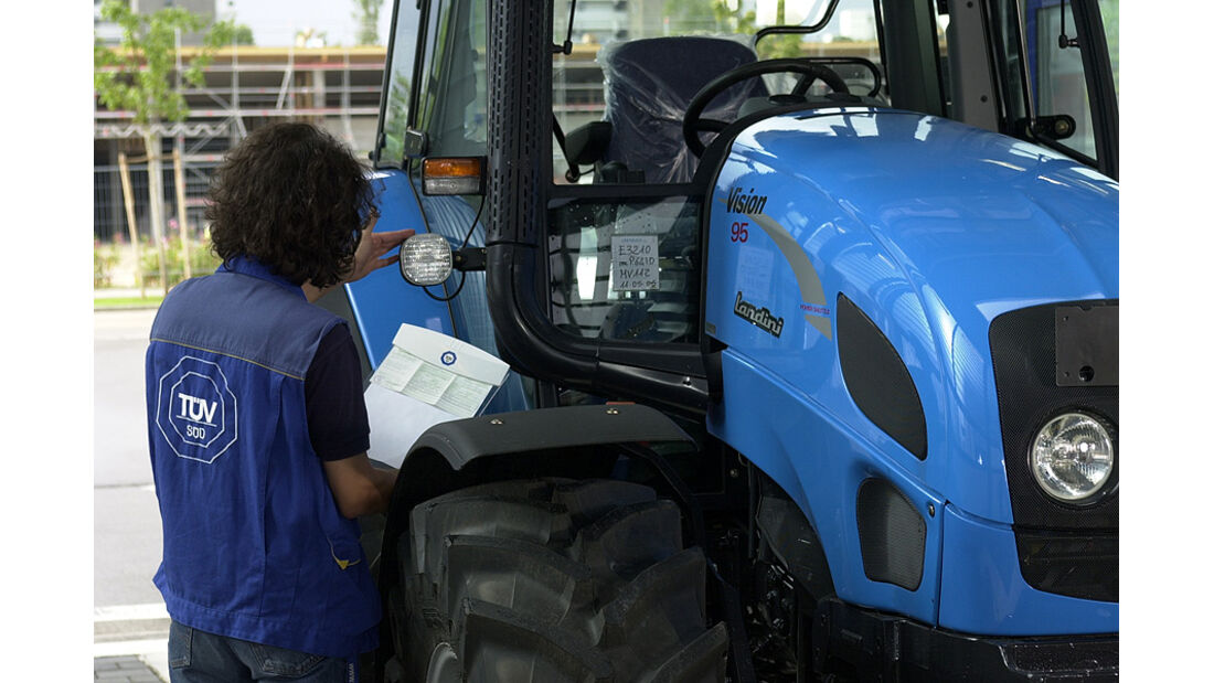 TÜV Traktor