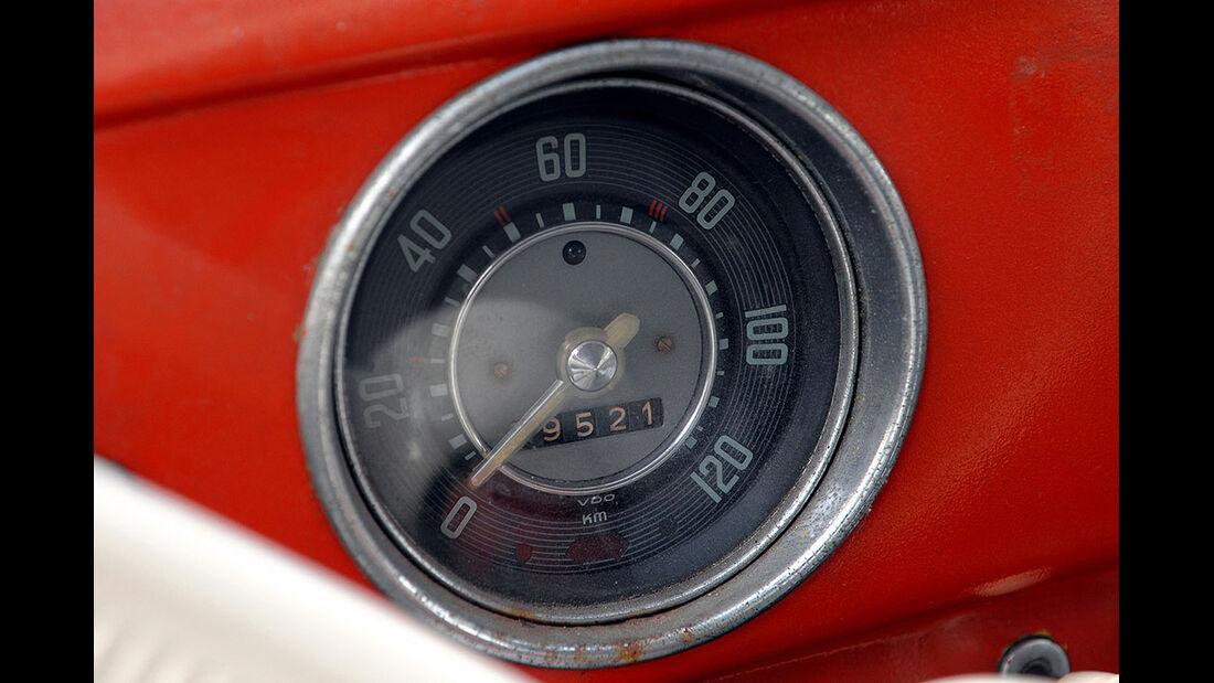 Tacho eines VW Käfer