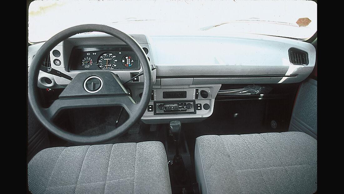 Talbot Samba Cabrio, Cockpit