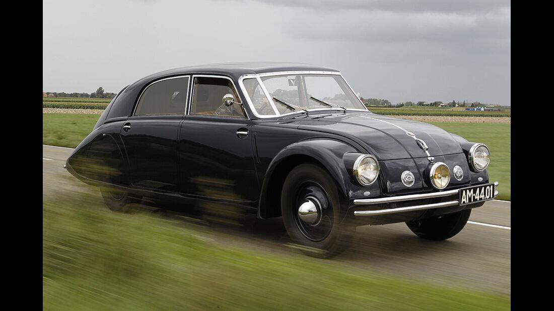 Tatra T 77a, Seitenansicht