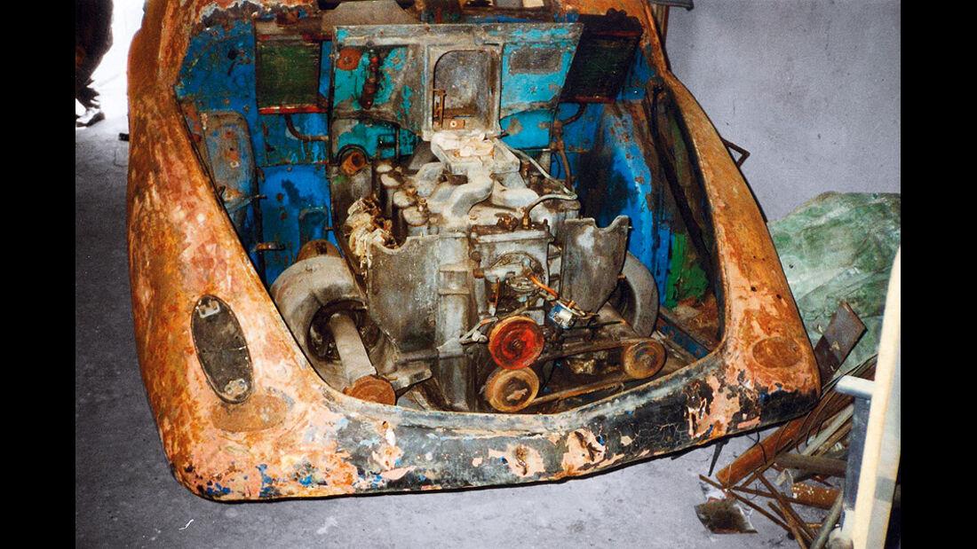 Tatra T 77a, Vergaser, Anlasser, Lichtmaschine,  Detail