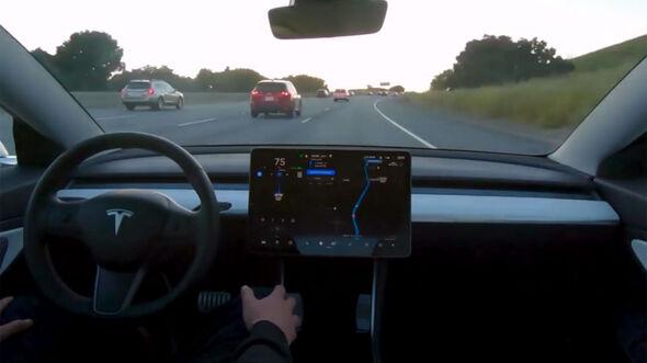 Tesla Autopilot Testfahrt